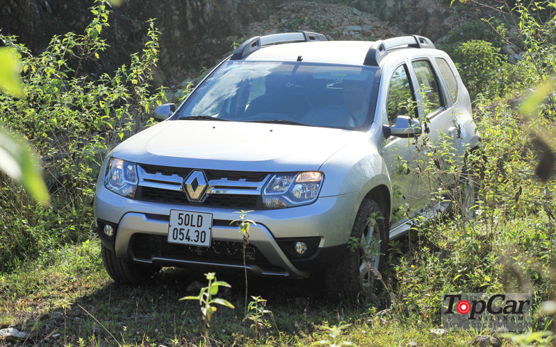 Renault_Duster_2015_NS_7
