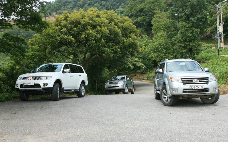 So sánh Everest vs Pajero Sport vs Fortuner 2011